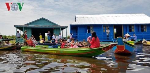 Khánh thành lớp học cho Việt kiều tại tỉnh Pursat (Campuchia) - ảnh 1