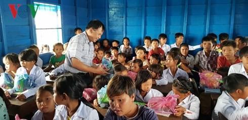 Khánh thành lớp học cho Việt kiều tại tỉnh Pursat (Campuchia) - ảnh 3
