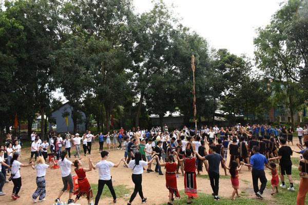 Trại hè Việt Nam 2018: Hòa mình cùng tuổi trẻ và không gian Cồng chiêng Tây Nguyên - ảnh 8
