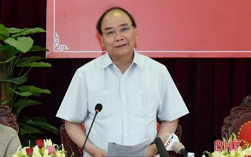 Thủ tướng Nguyễn Xuân Phúc làm việc với lãnh đạo tỉnh Hà Tĩnh - ảnh 1