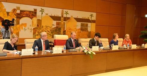 Chủ tịch Quốc hội Việt Nam hội đàm với Chủ tịch Hạ viện Australia - ảnh 2