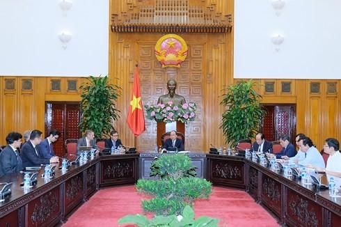 Thủ tướng Nguyễn Xuân Phúc tiếp các nhà đầu tư vào Bạc Liêu  - ảnh 1