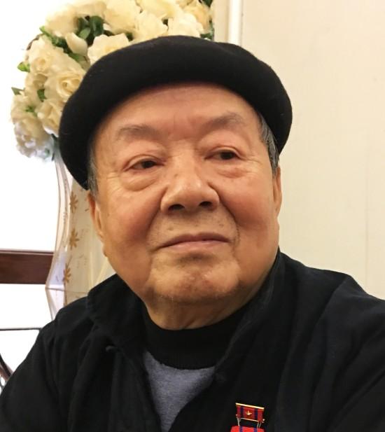 Nhà thơ Hùng Đình Quý và chuyện cột cờ trên đỉnh Lũng Cú - ảnh 2