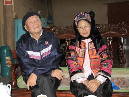 Nhà thơ Hùng Đình Quý và chuyện cột cờ trên đỉnh Lũng Cú - ảnh 3