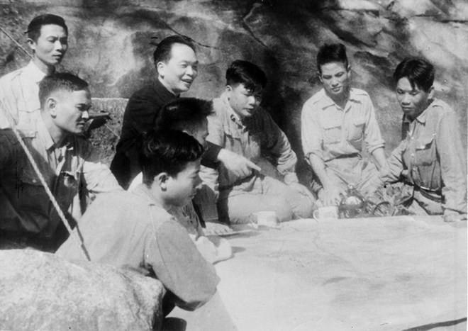Chương trình nghệ thuật đặc biệt tri ân Đại tướng Võ Nguyên Giáp - ảnh 1