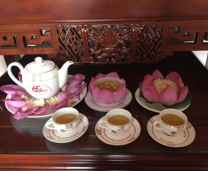 Trà ướp hương Sen Tây Hồ: Phong vị thanh tao đất Hà Thành - ảnh 7