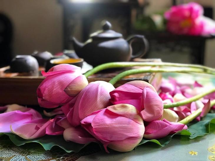 Trà ướp hương Sen Tây Hồ: Phong vị thanh tao đất Hà Thành - ảnh 8