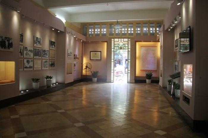 Ngôi nhà số 48 Hàng Ngang, Hà Nội, nơi Chủ tịch Hồ Chí Minh viết bản Tuyên ngôn độc lập - ảnh 2