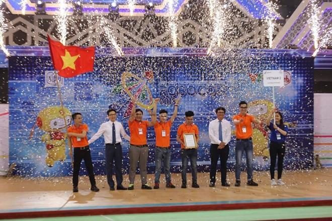 Đội tuyển Việt Nam 2 vô địch Cuộc thi Sáng tạo Robot châu Á - Thái Bình Dương (ABU Robocon) 2018 - ảnh 1