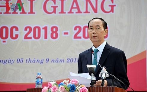 Chủ tịch nước dự Lễ khai giảng tại trường THPT Chu Văn An, Hà Nội - ảnh 2
