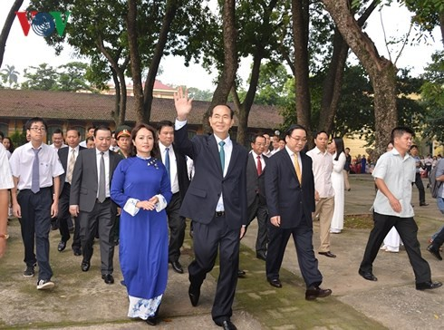 Chủ tịch nước dự Lễ khai giảng tại trường THPT Chu Văn An, Hà Nội - ảnh 1