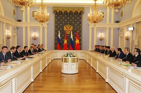 Tổng Bí thư Nguyễn Phú Trọng hội kiến với Thủ tướng LB Nga Dmitry Medvedev - ảnh 2
