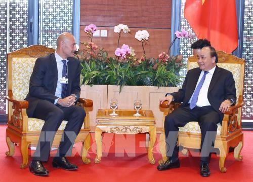 Thủ tướng tiếp Chủ tịch Điều hành châu Á-Thái Bình Dương của Google và Chủ tịch kiêm Tổng Giám đốc Tập đoàn GE Global - ảnh 1