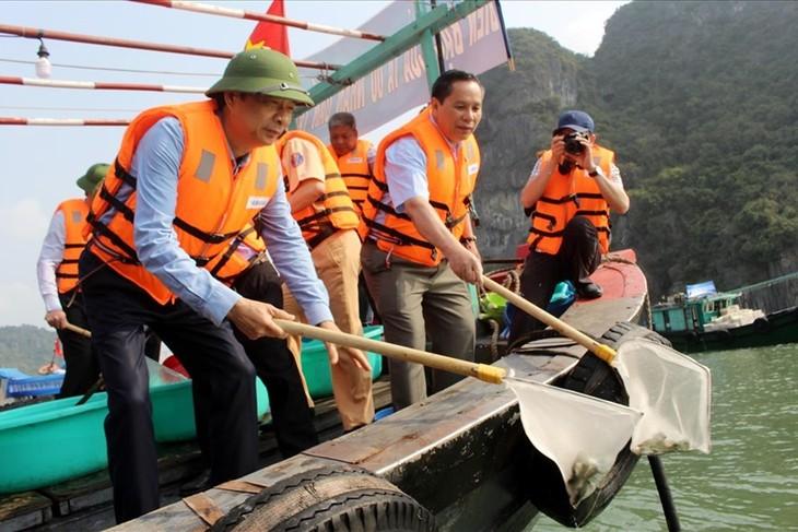 Bắt đầu từ 1/10, cấm khai thác thủy hải sản tại khu vực Di sản Thiên nhiên thế giới vịnh Hạ Long - ảnh 1