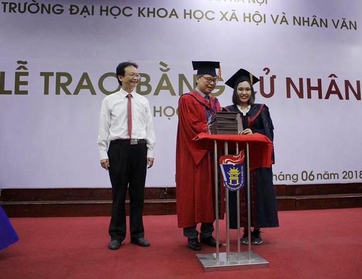 Khoa VN học và Tiếng Việt-ĐH KHXH&NV không ngừng đổi mới để hội nhập với thời đại - ảnh 4