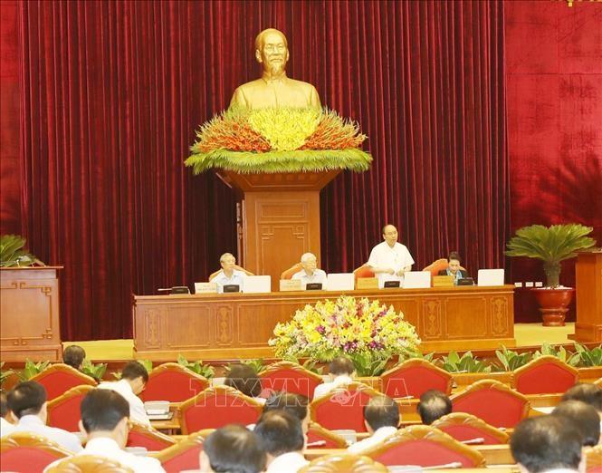 Hội nghị Trung ương 8 (khóa XII) thảo luận về tình hình kinh tế - xã hội - ảnh 1
