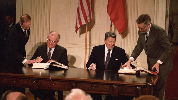 Toan tính của Washington khi từ bỏ Hiệp ước về thủ tiêu tên lửa tầm ngắn và trung    - ảnh 1