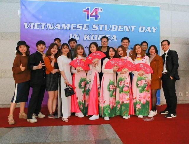 """Ngày hội sinh viên Việt Nam tại Hàn Quốc lần thứ 14 – """"Bữa tiệc văn hóa"""" dành cho sinh viên - ảnh 2"""