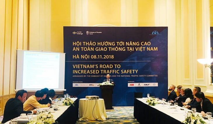 Thụy Điển chia sẻ kinh nghiệm với Việt Nam về nâng cao an toàn giao thông đường bộ - ảnh 1