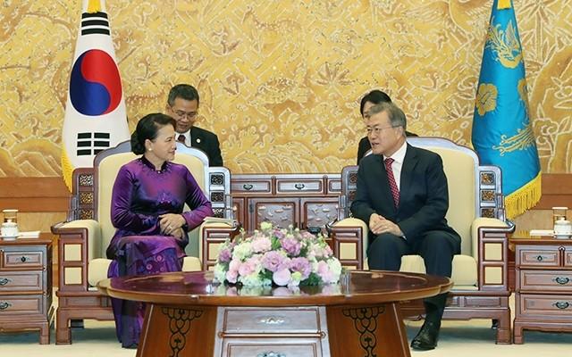 Chủ tịch Quốc hội Nguyễn Thị Kim Ngân dự Diễn đàn Đầu tư và Thương mại Việt Nam – Hàn Quốc - ảnh 1