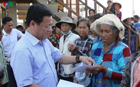 Nghĩa tình Việt Nam với người dân Biển Hồ Campuchia - ảnh 1
