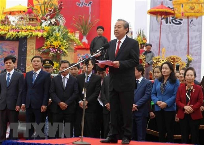 Phó Thủ tướng Thường trực Chính phủ Trương Hòa Bình dự và thực hiện nghi lễ cày tịch điền tại tỉnh Hà Nam - ảnh 1