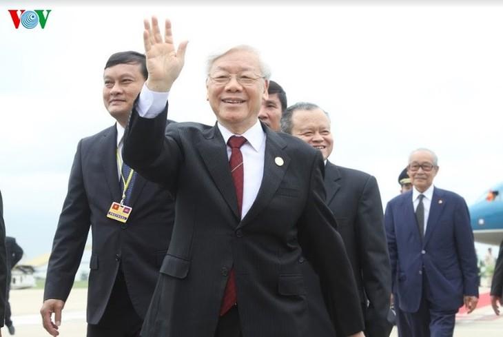 Việt Nam thắt chặt quan hệ với các nước láng giềng - ảnh 1