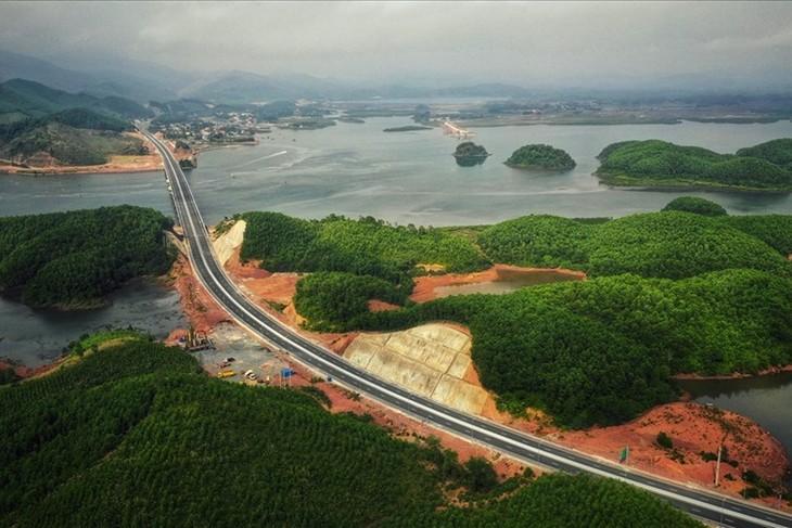 Khởi công cao tốc Vân Đồn - Móng Cái  - ảnh 1