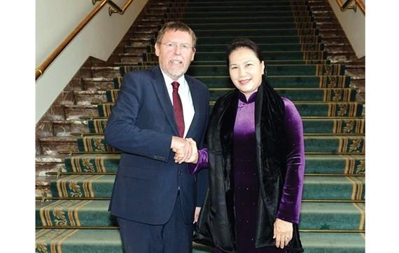CTQH Nguyễn Thị Kim Ngân làm việc tại Nghị viện Châu Âu - ảnh 1