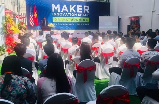 Ra mắt Không gian đổi mới sáng tạo cho sinh viên Đồng bằng sông Cửu Long - ảnh 1