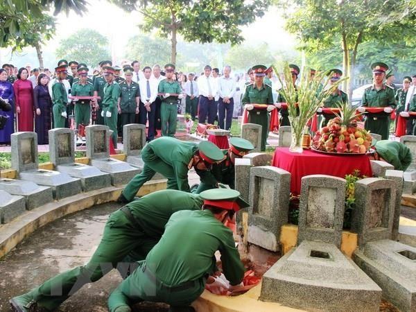 Tỉnh Kiên Giang quy tập gần 2.000 hài cốt liệt sĩ quân tình nguyện Việt Nam hy sinh trên chiến trường Campuchia - ảnh 1