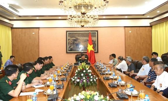 Lãnh đạo Tổng cục Chính trị tiếp Ðoàn Cựu chiến binh và thân nhân liệt sĩ Trung Quốc từng giúp đỡ Việt Nam - ảnh 1