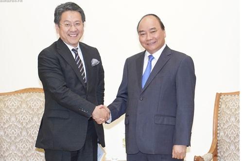 Thủ tướng Nguyễn Xuân Phúc tiếp Thống đốc Ngân hàng Hợp tác quốc tế Nhật Bản - ảnh 1