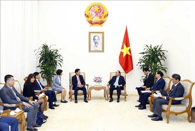 Thủ tướng Nguyễn Xuân Phúc tiếp Đại sứ Nhật Bản và lãnh đạo Tập đoàn AEON (Nhật Bản) - ảnh 1
