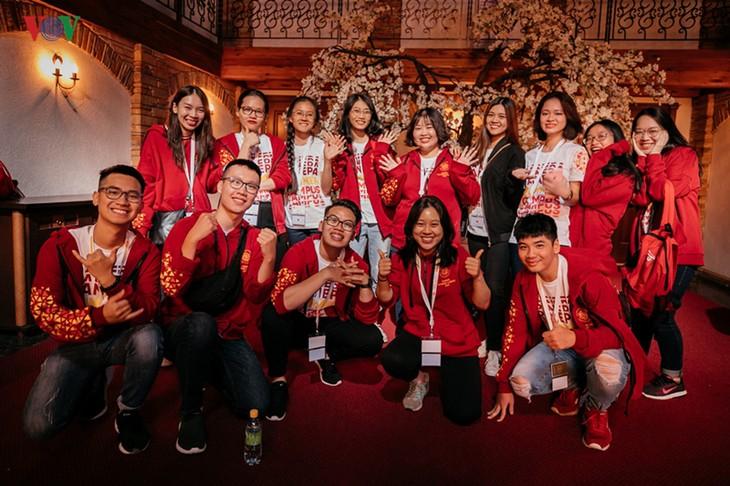 Sinh viên Việt Nam mang văn hoá dân tộc đến trường hè quốc tế RANEPA tại Nga - ảnh 1
