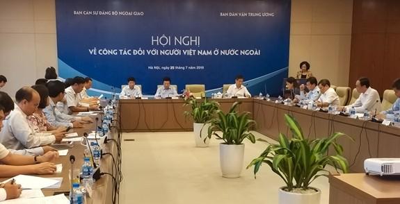 Tăng cường khối đại đoàn kết dân tộc và phát huy vai trò của người Việt Nam ở nước ngoài - ảnh 1