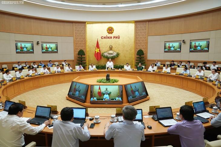 Thủ tướng Nguyễn Xuân Phúc kết luận phiên họp thường kỳ Chính phủ - ảnh 2