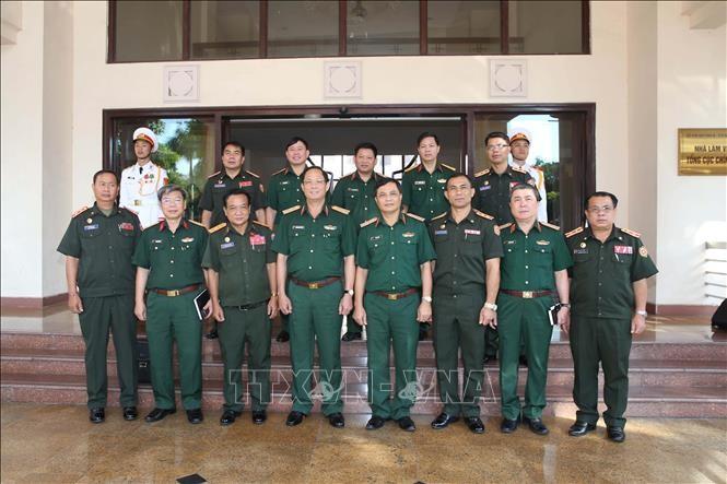 Quân đội Việt Nam và Lào tăng cường hợp tác bảo vệ chính trị nội bộ - ảnh 1