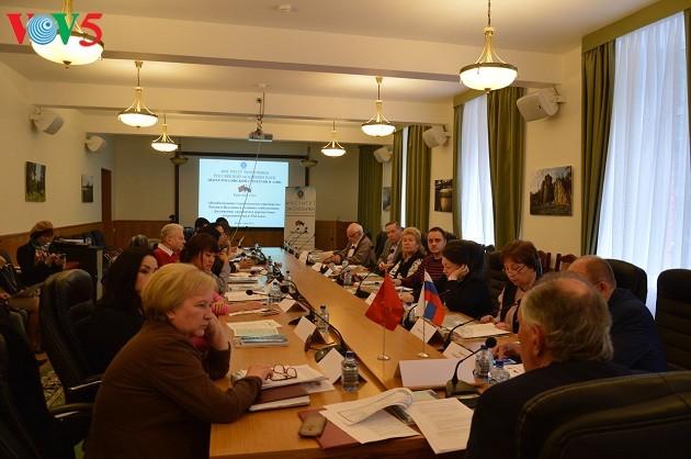Круглый стол посвящён всеобъемлющему стратегическому партнерству между РФ и СРВ - ảnh 1