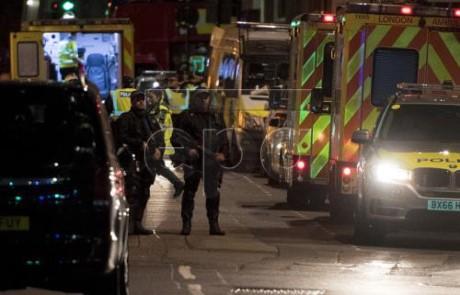 Британская полиция уничтожила 3 террористов в Лондоне - ảnh 1