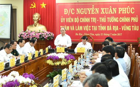 Нгуен Суан Фук провёл рабочую встречу с руководством провинции Бариа-Вунгтау - ảnh 1