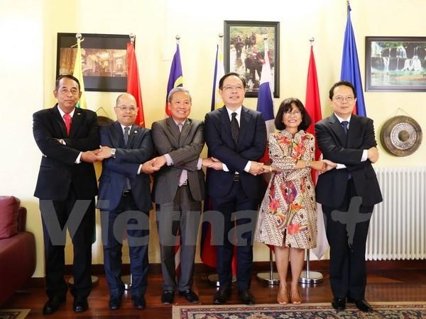 Вьетнам успешно завершил председательство в комитете АСЕАН в Риме  - ảnh 1