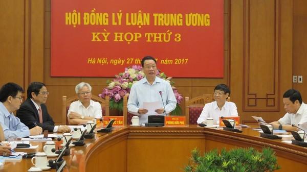 Теоретический совет ЦК КПВ обсуждает строительство простой и эффективной политической системы - ảnh 1