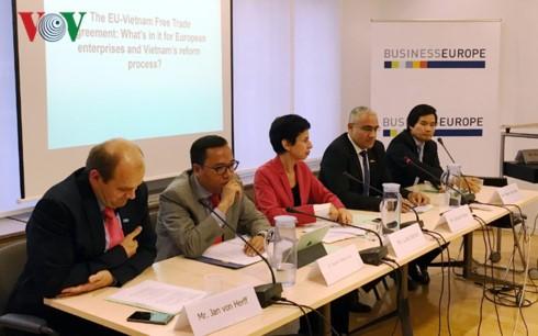 Продолжаются усилия по ускорению подписания Соглашения о свободной торговле между СРВ и ЕС - ảnh 1