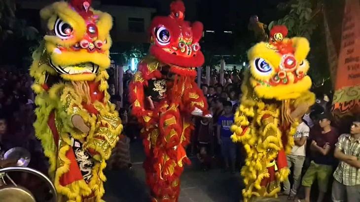 Традиционный праздник середины осени вьетнамского народа - ảnh 1