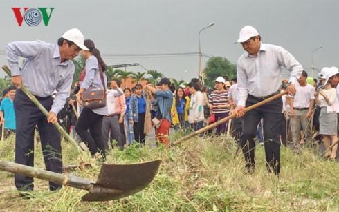 В Дананге объявлен старт акции «Зелёное воскресенье» в поддержку Недели саммита АТЭС 2017 - ảnh 1