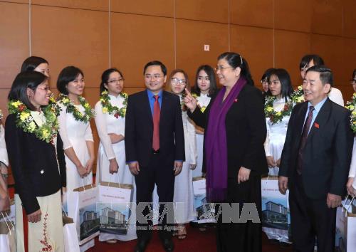 Тонг Тхи Фонг встретилась с лауреатами Золотого глобуса  - ảnh 1
