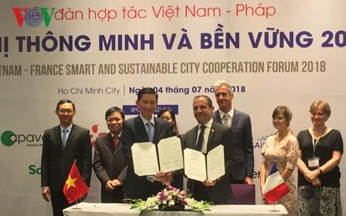 Форум вьетнамо-французского сотрудничества в области устойчивого развития умного города  - ảnh 1