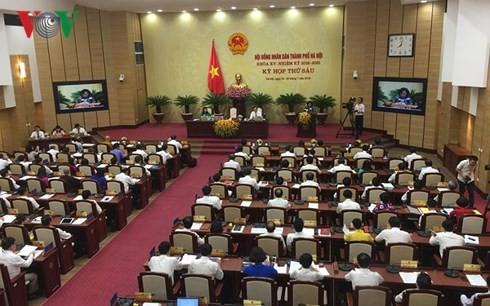 На сессии народного совета города Ханой сделали запросы членам народного комитета - ảnh 1