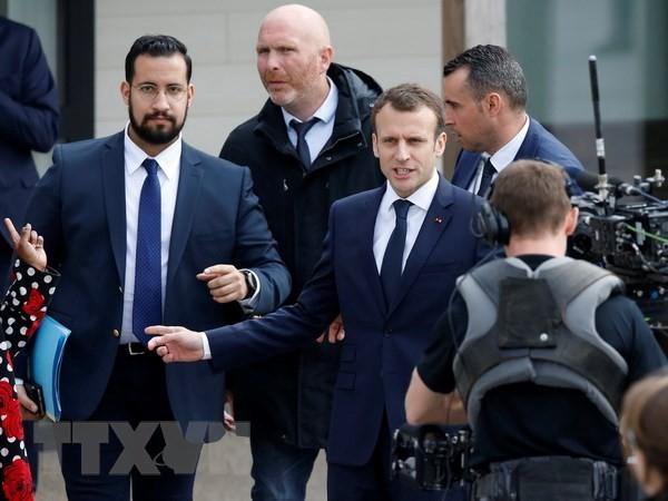 Нижняя палата парламента Франции отвергла вынесение вотума недоверия правительству страны - ảnh 1